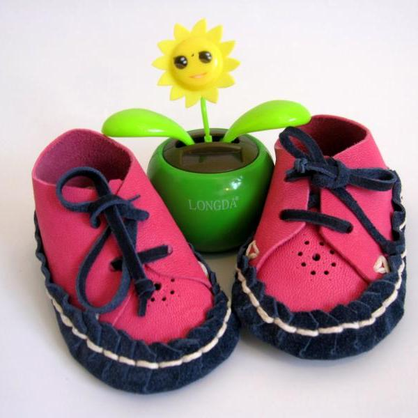 Pink Navy Baby Leather Suede Moccasin Booties Size 3-12M